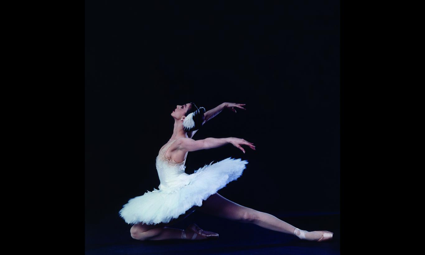 """祖国へ捧げるバレエ """"世界のプリマ""""ニーナ・アナニアシヴィリの道"""