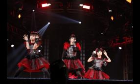 BABYMETAL WORLD TOUR 2016 LEGEND -METAL RESISTANCE-