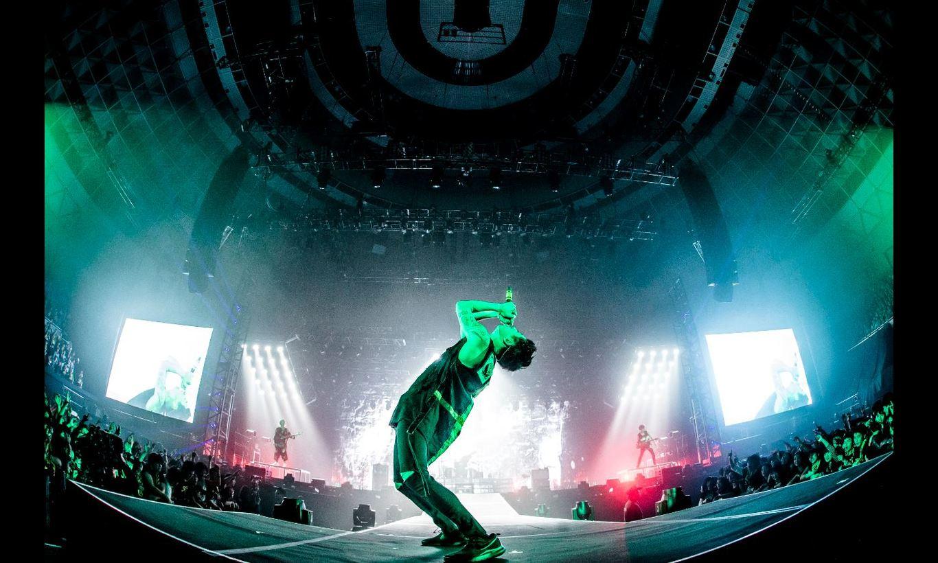 "ONE OK ROCK 2017 ""Ambitions"" JAPAN TOUR"