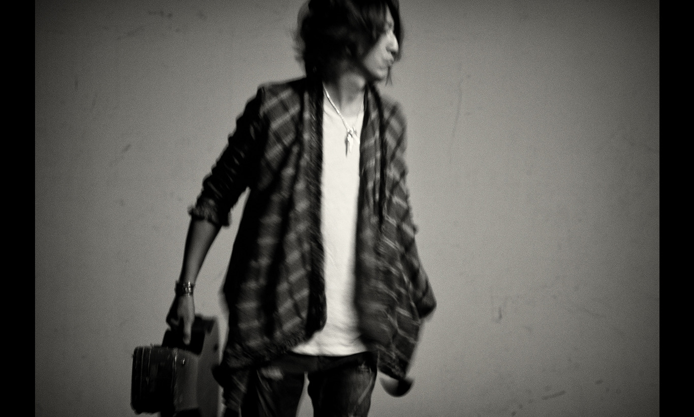 TAKURO 「Journey without a map」Special Program