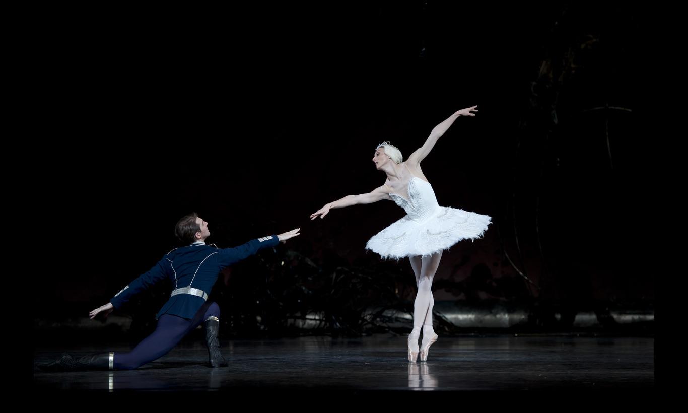 英国ロイヤル・バレエ団「白鳥の湖」