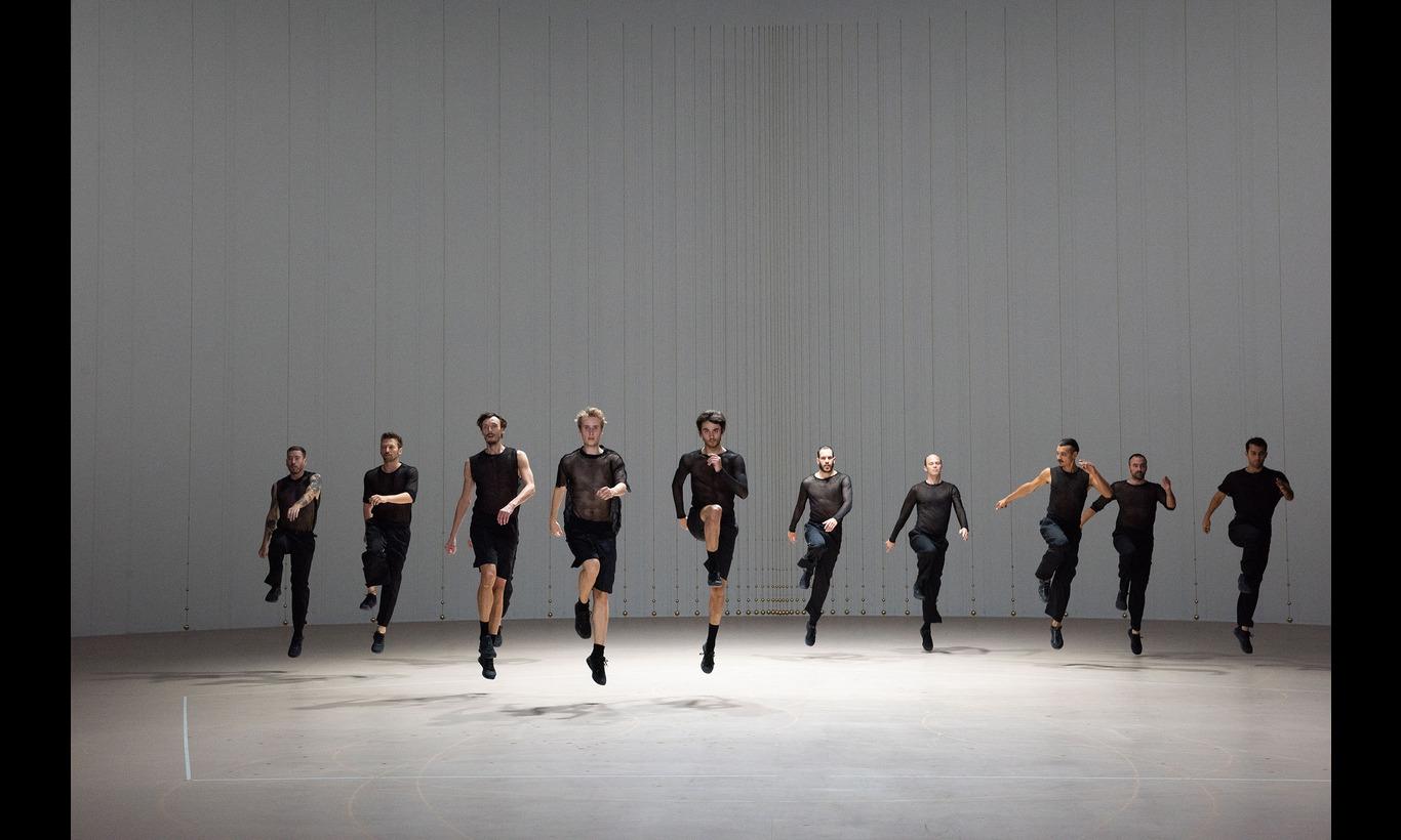 ローザス舞踊団「ブランデンブルク協奏曲」in パリ・オペラ座