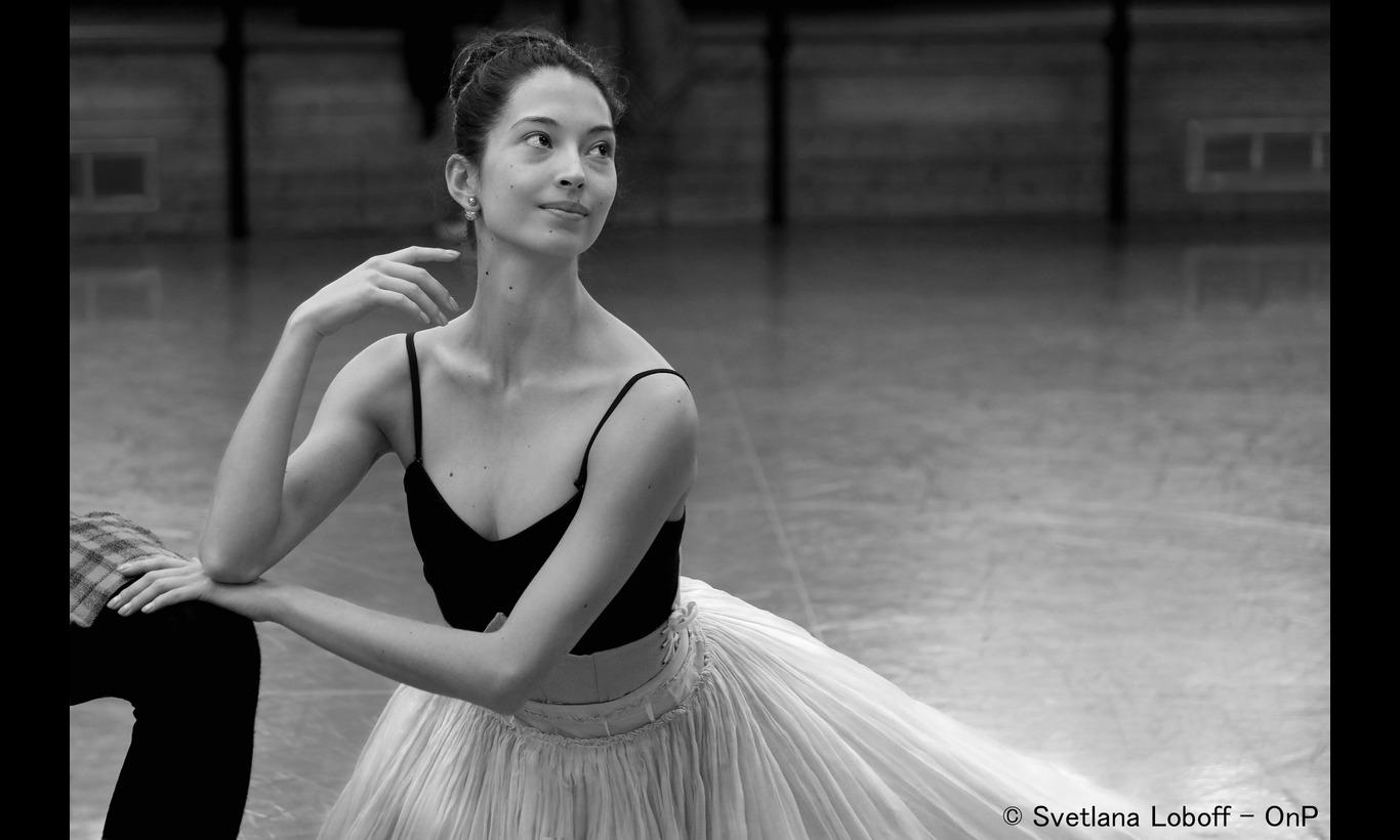 パリ・オペラ座バレエ団 オニール八菜 夢の中で踊る