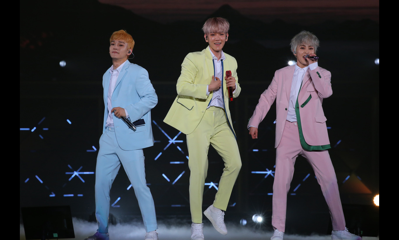 "EXO-CBX ""MAGICAL CIRCUS"" TOUR 2018~完全版~"