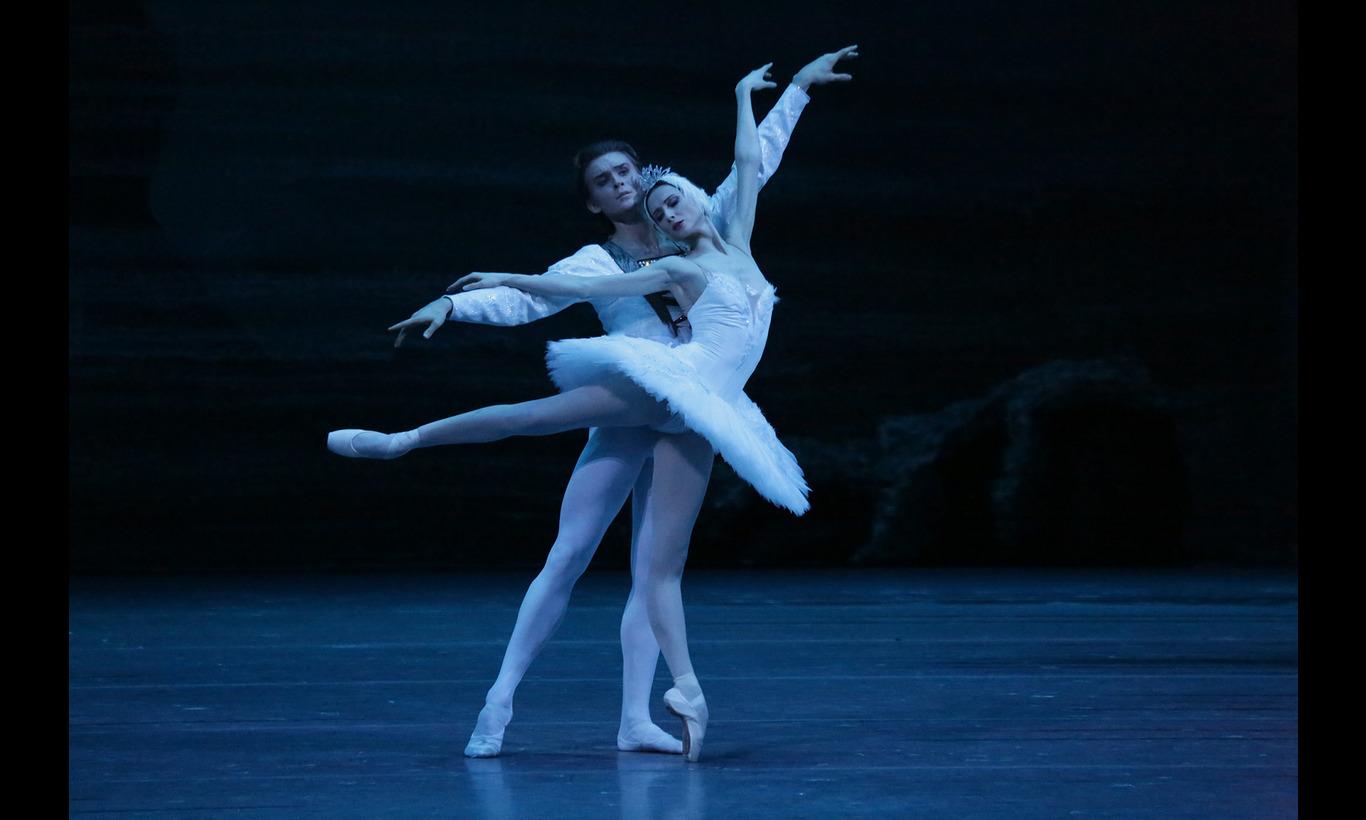 ボリショイ・バレエ団「白鳥の湖」主演スヴェトラーナ・ザハーロワ
