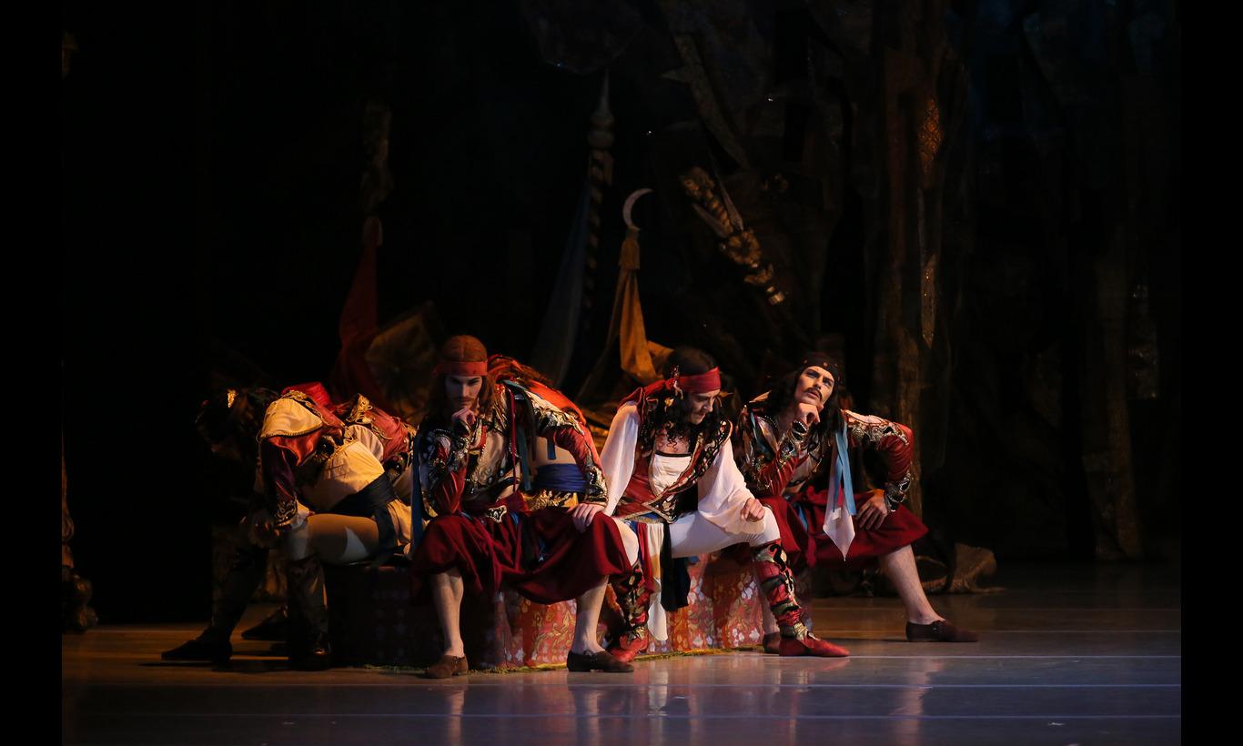 マリインスキー・バレエ団「海賊」