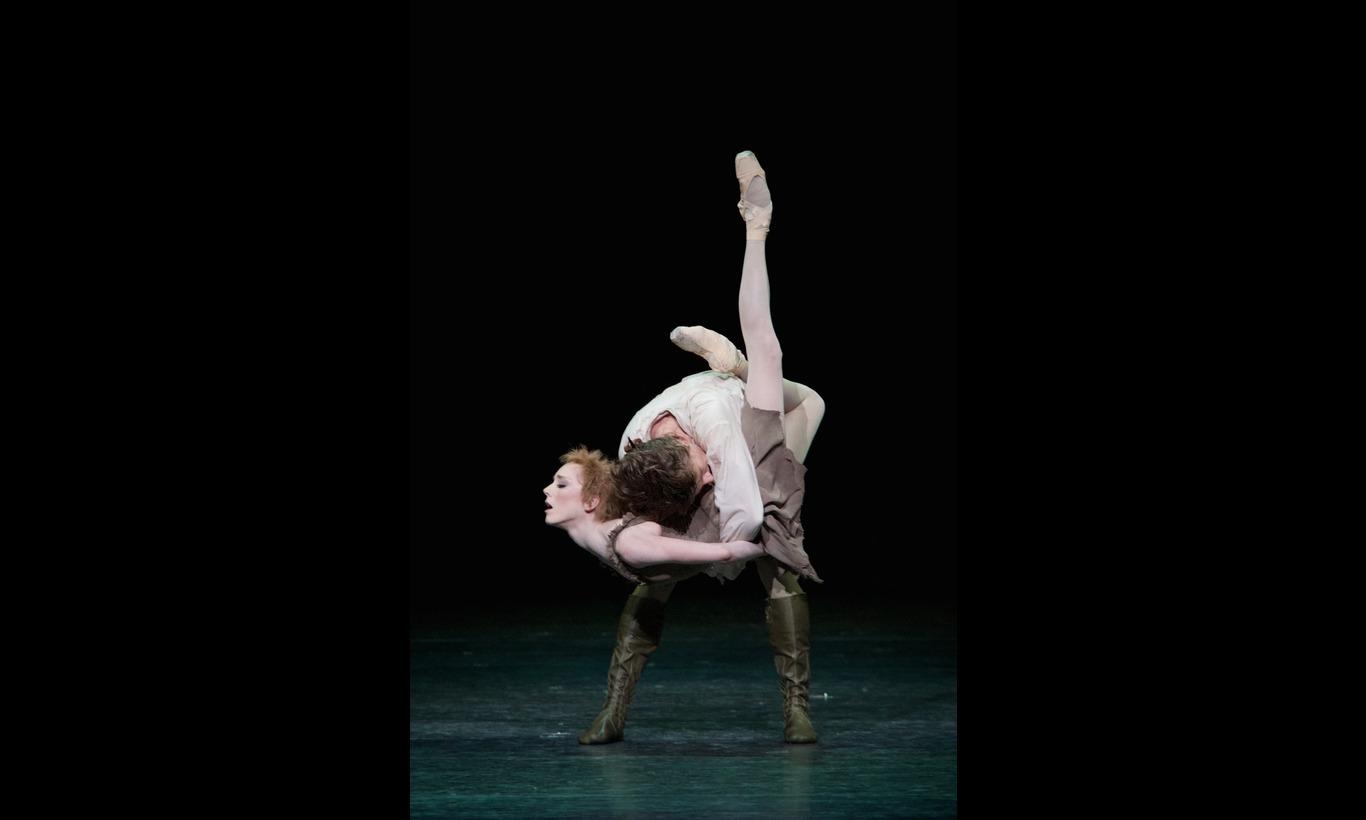 英国ロイヤル・バレエ団「マクミランのマノン」サラ・ラム×ムンタギロフ×平野亮一