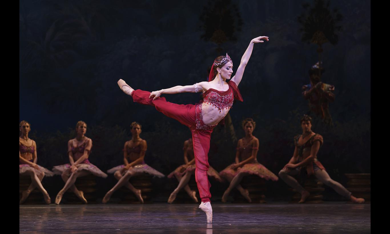 英国ロイヤル・バレエ団「ラ・バヤデール」ヌニェス×ムンタギロフ×オシポワ
